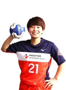 #21 石嶋 亮子